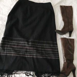 Briggs New York Vintage Fringe Skirt. 🐙